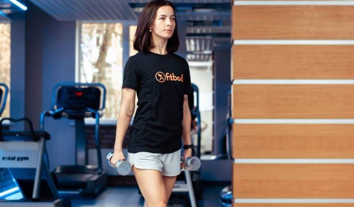 farmers' walk - dumbbell ab exercises for weight loss