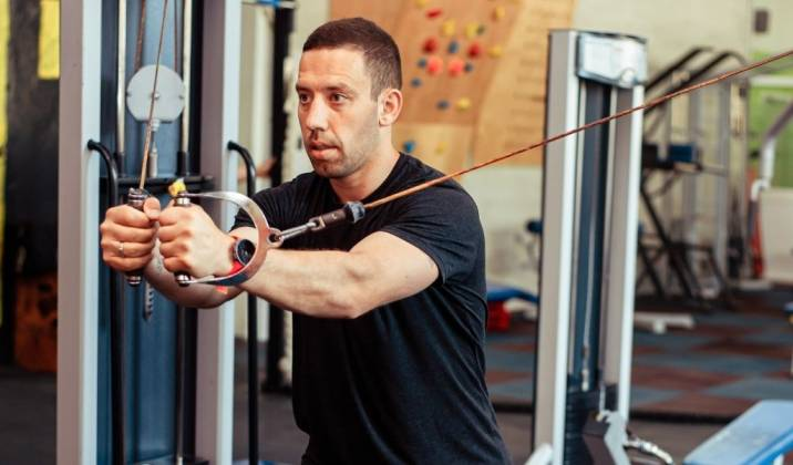 using machines is a great way to extend sets with drop sets, giant sets, or rest pause sets