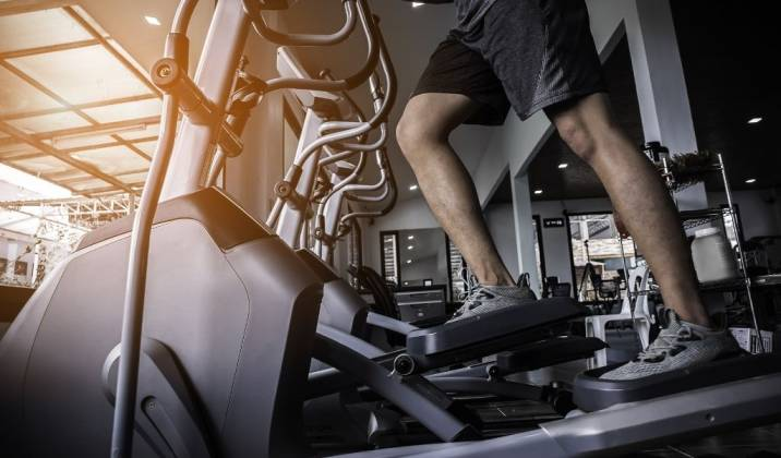 4 tips on how you can use the elliptical machine to your advantage when wanting to work your core